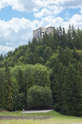 hrad-3